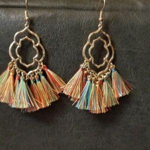 Jewelry - GOLD TASSEL EARRINGS